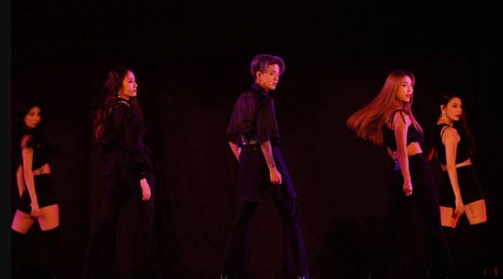 Krystal Kembali Tampil Di Atas Panggung Bersama F(x) Di Konser 'SMTOWN' Netter Berharap F(x) Segera Comeback